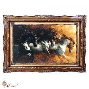 تابلو فرش سه اسب وحشی