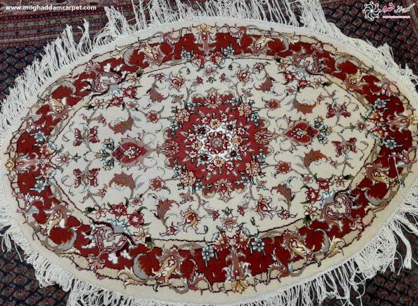 فرش دستباف ذرع و نیم بیضی 35 رج
