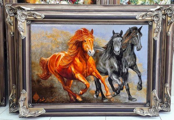 تابلو فرش دستباف سه اسب وحشی نفیس